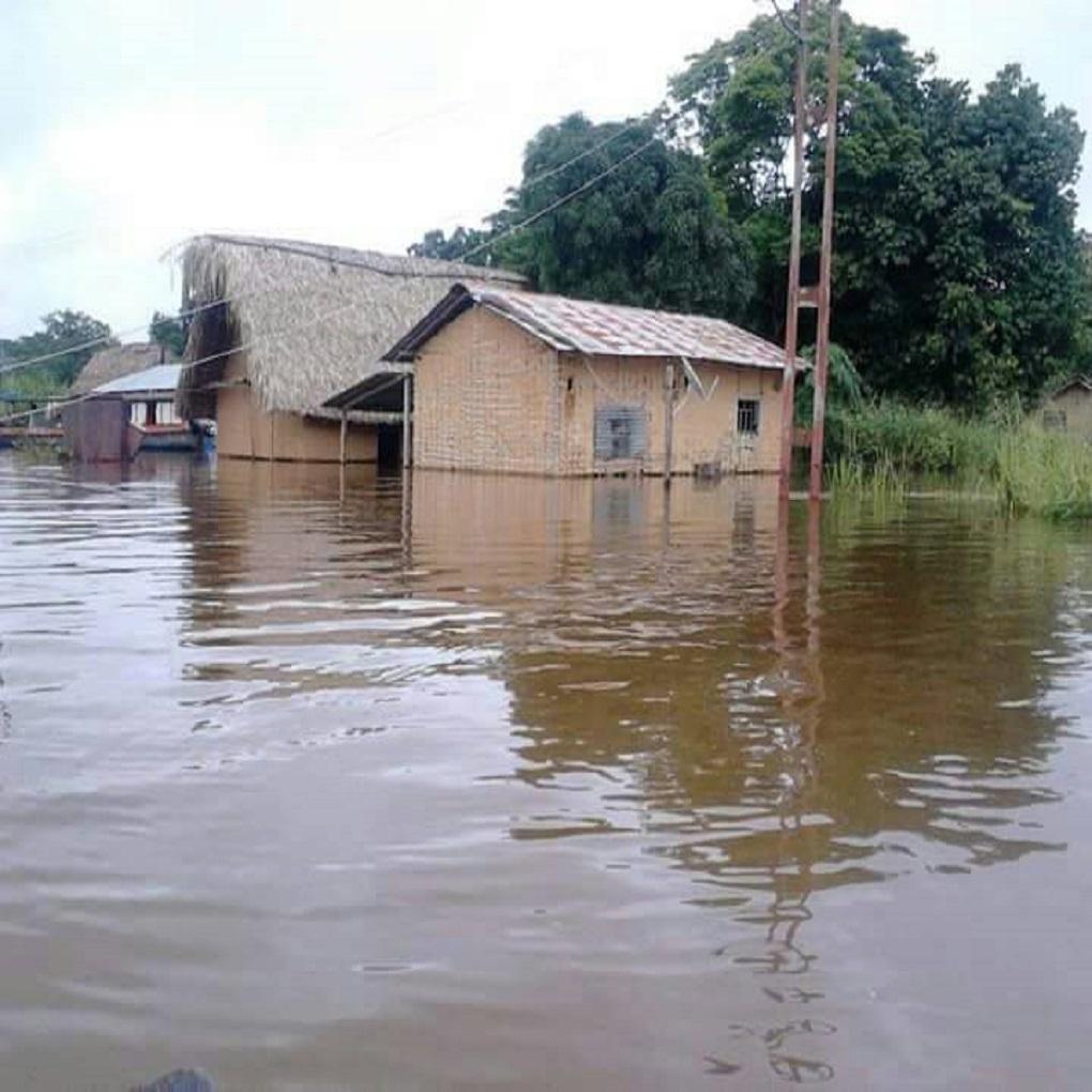 Olvidan inundaciones en Amazonas por Asamblea Nacional Constituyente