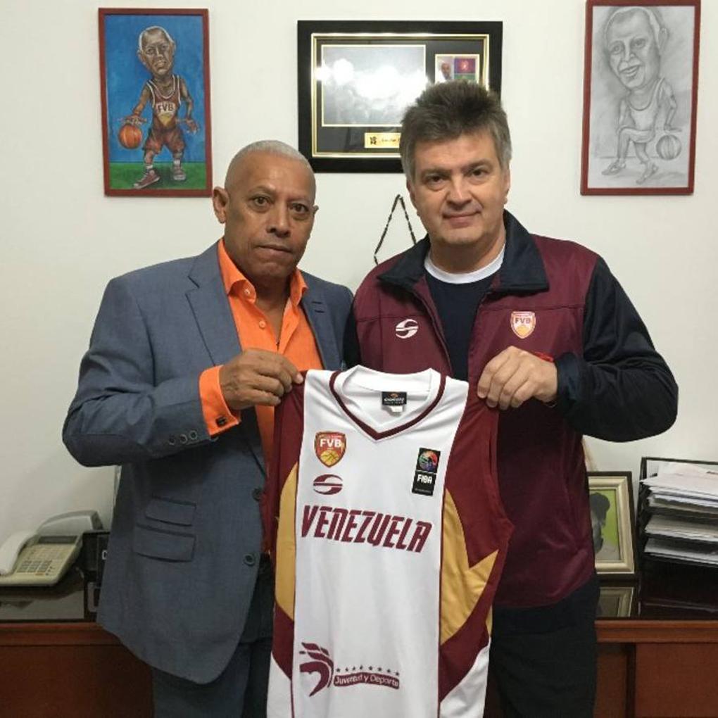 Fernando Duró nuevo entrenador de la selección venezolana de basket