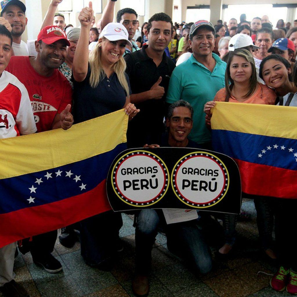 Perú reconocerá títulos venezolanos sin ser apostillados