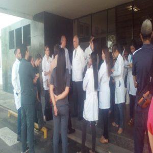 Niegan acceso a médicos en el hospital Ruíz y Páez