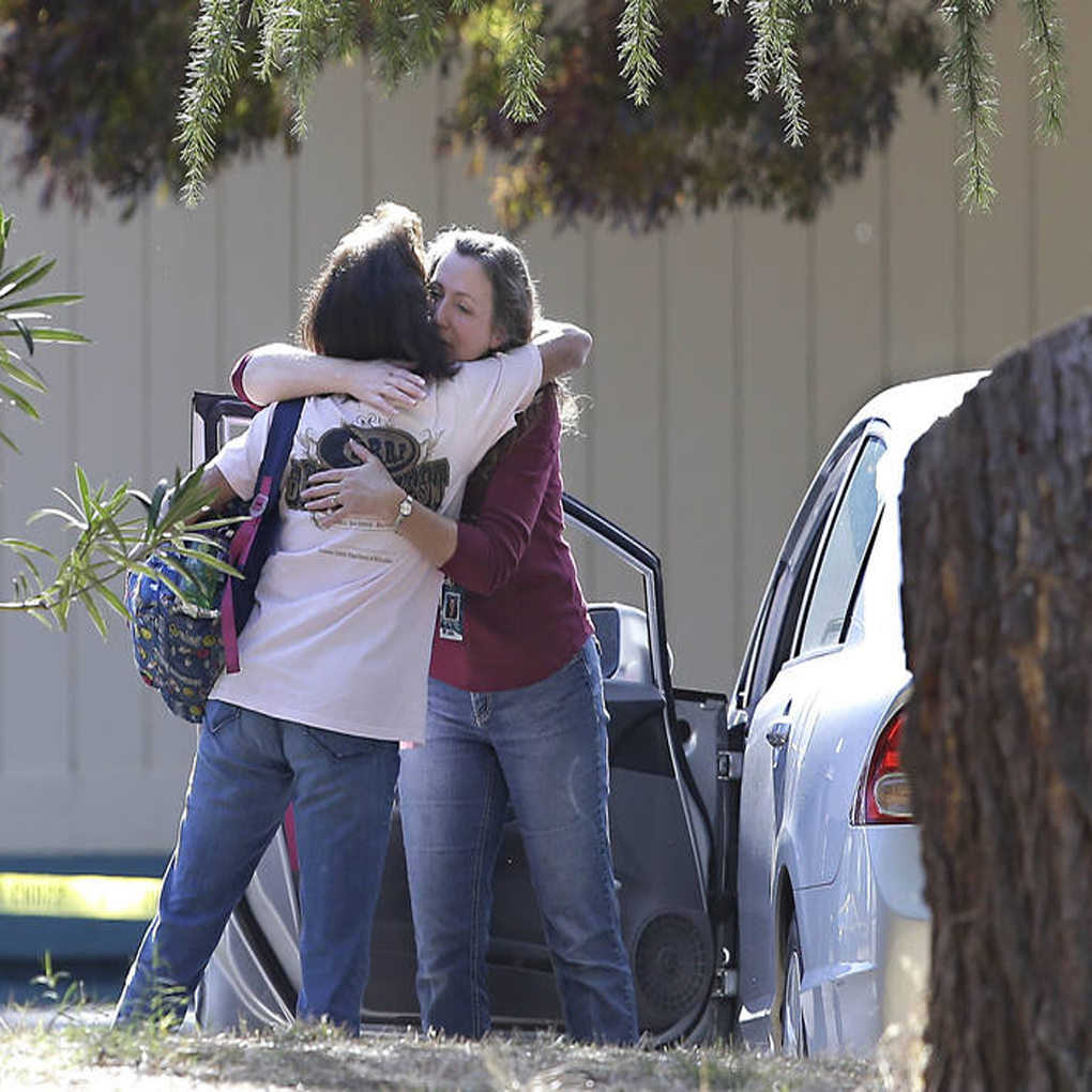 Tiroteo en California deja cinco muertos y diez heridos