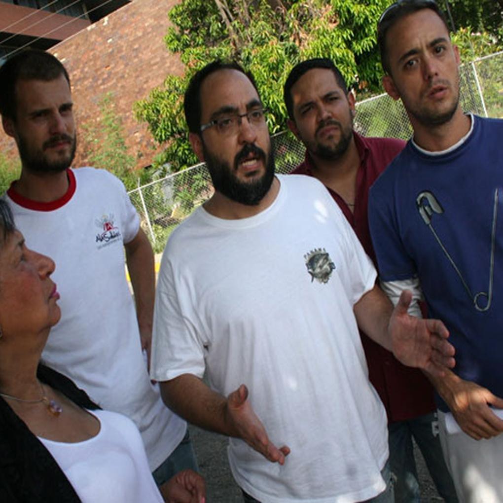 Tocorón por dentro, Jesús Medina, periodistas detenidos en cárcel