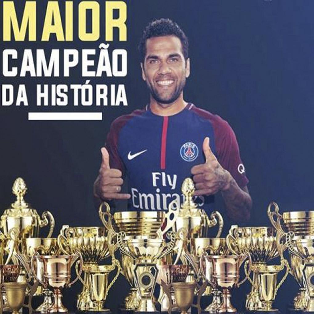 Neymar felicitó a Dani Alves PSG Copa de la Liga Francesa