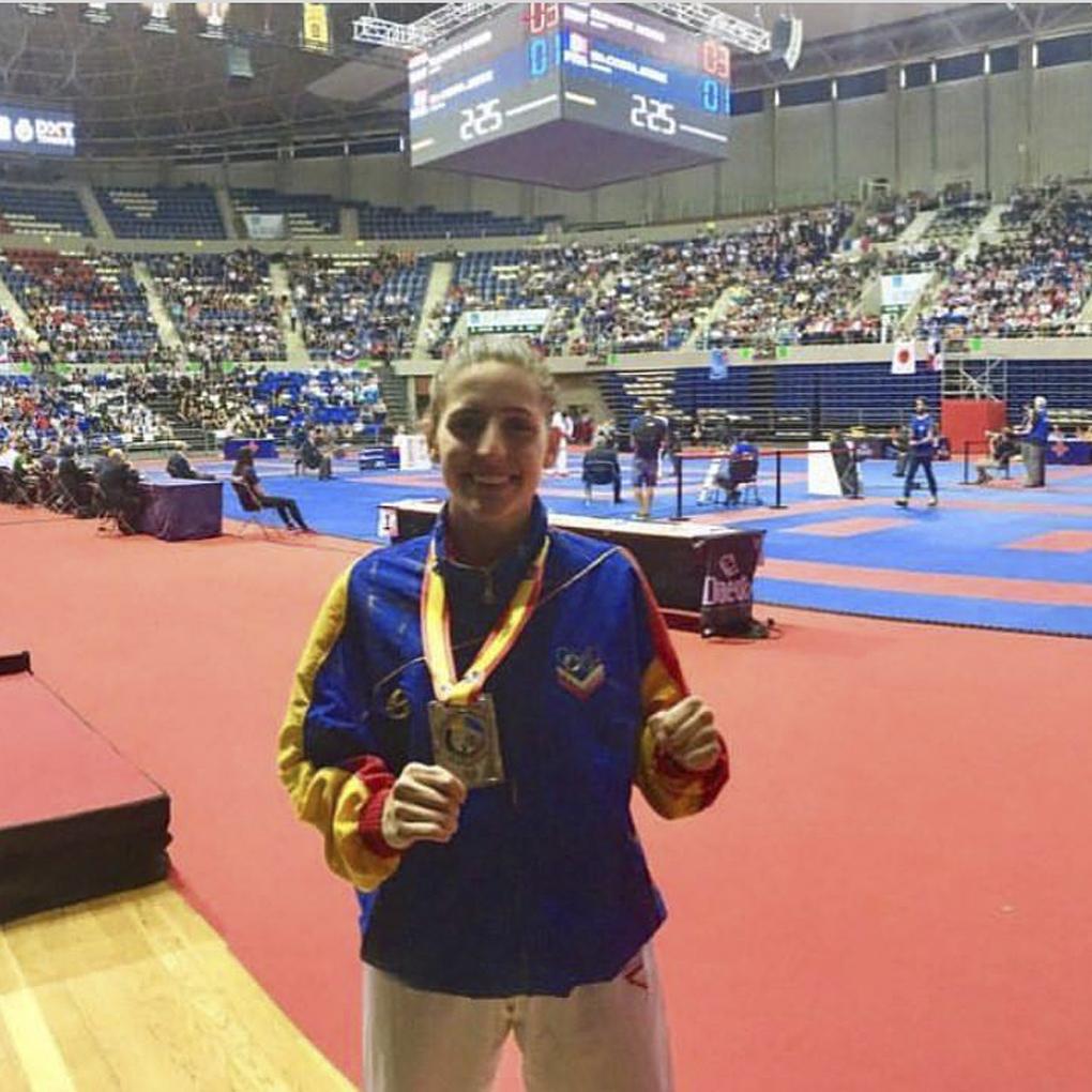Marianth Cuervo se tituló subcampeona mundial en Karate
