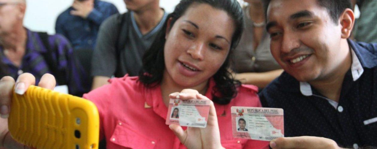 Perú extiende plazo de permiso temporal de permanencia para venezolanos