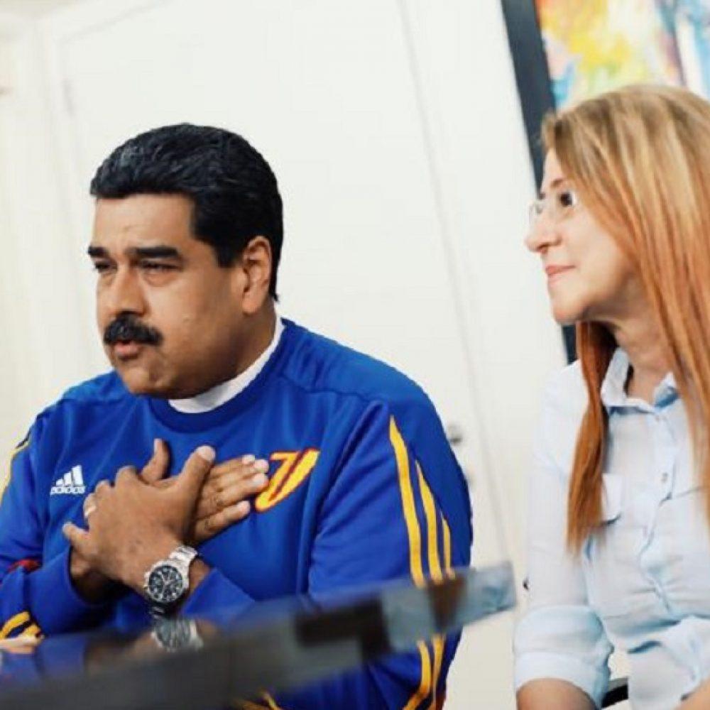 """""""No jodas más"""": El clamor de una venezolana a Maduro durante transmisión en vivo"""
