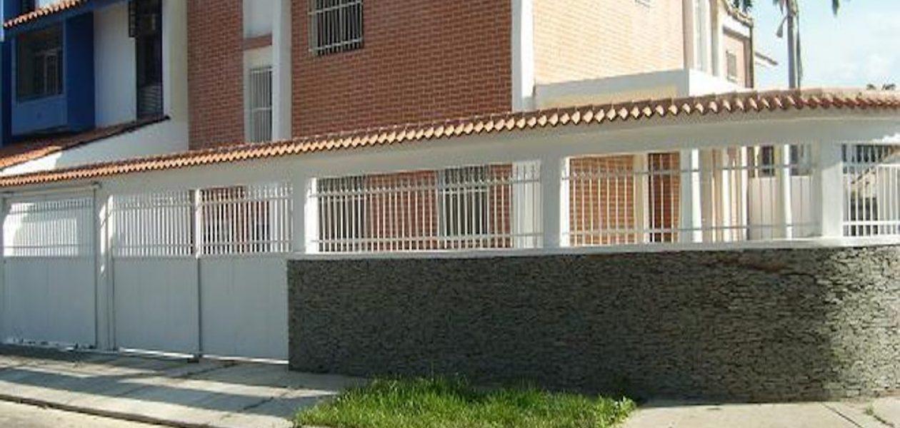 Cámara Inmobiliaria de Venezuela dice que plan «ubica tu casa» es un rumor