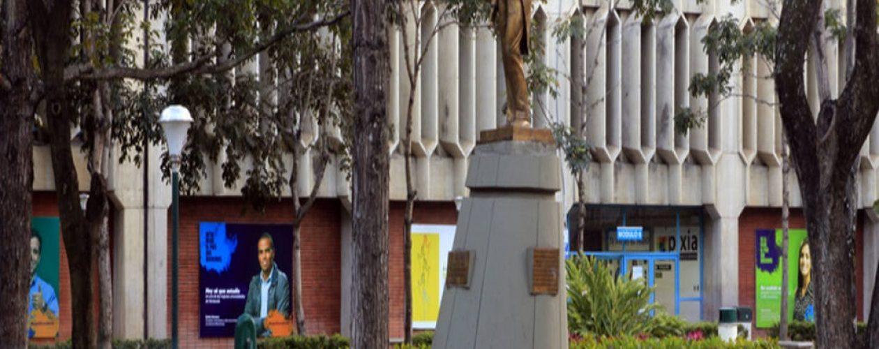 Por falta de alumnos UCAB cierra la mención  de periodismo