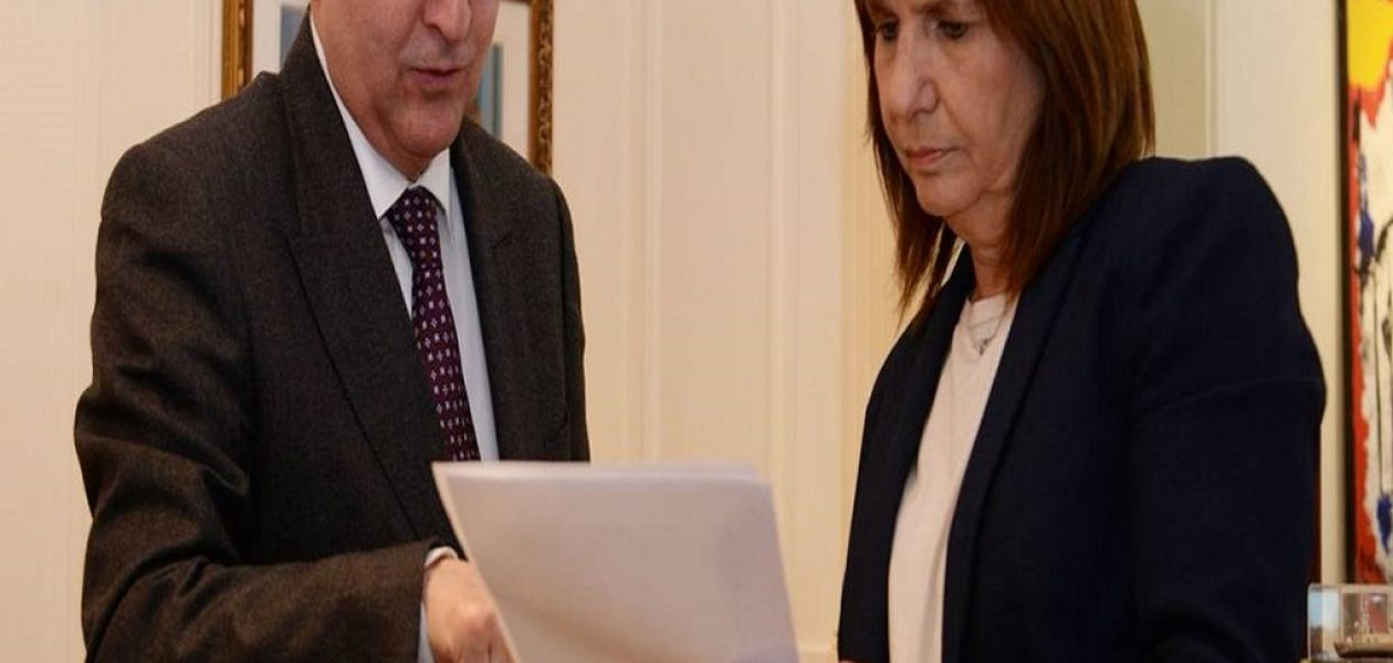 Antonio Ledezma solicitó pasaportes especiales para los venezolanos en Argentina