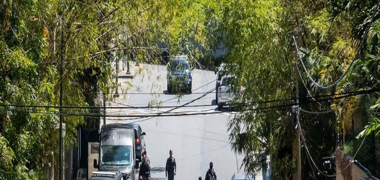 Periodistas detenidos en adyacencias de casa de Leopoldo López fueron liberados