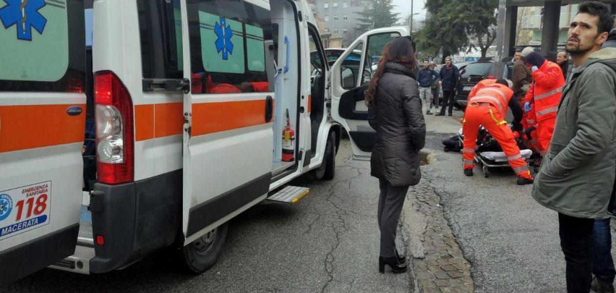 Seis personas heridas en tiroteo racista en Italia por sujeto inspirado en Hitler