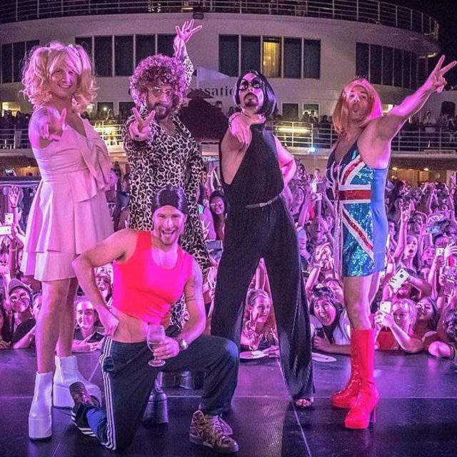 Backstreet Boys rindió homenaje a las Spice Girls