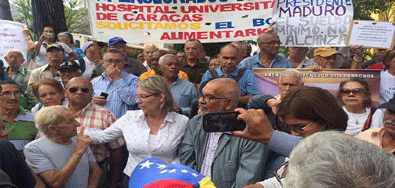 Abuelos reclaman cesta ticket para pensionados del IVSS