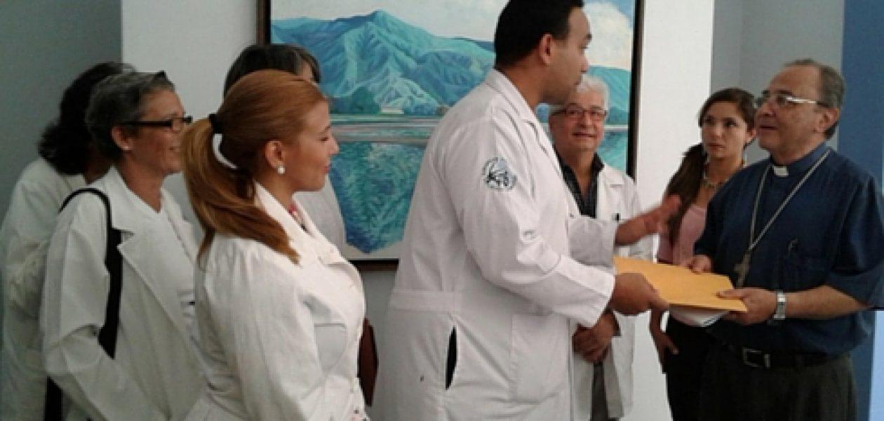 Crisis humanitaria en Venezuela: Médicos buscan ayuda del Papa