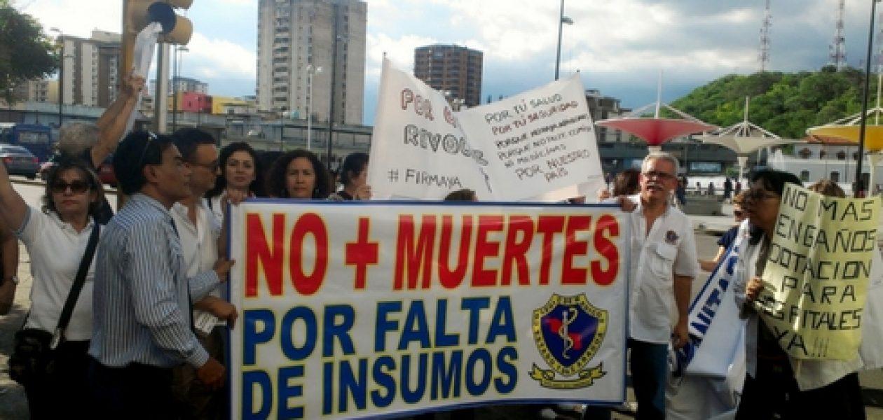 Crisis humanitaria lleva a la protesta a médicos de Aragua