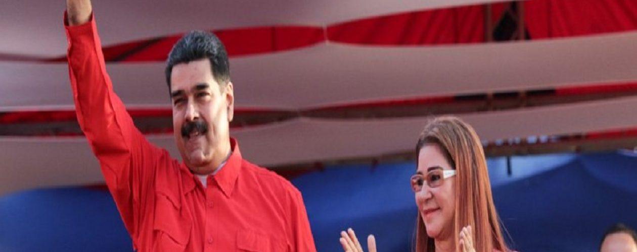 Maduro solicitó a los trabajadores pasar por escrito el compromiso de votar por él