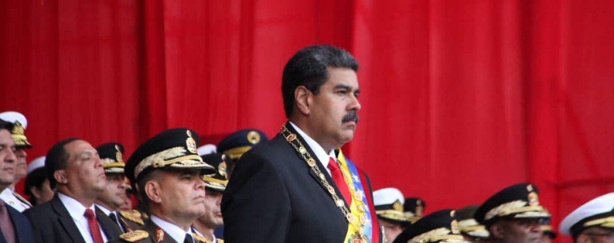 Maduro «reafirma» compromiso de la FANB en medio de rumores sobre rebelión