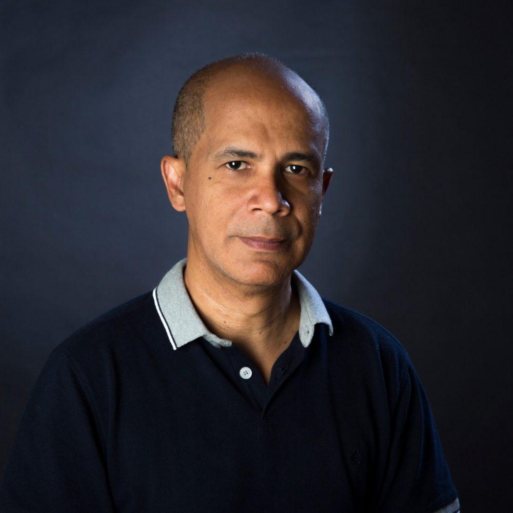 Edgar Borges firma con Musicaos Editore para publicar en Italia «La niña del salto»