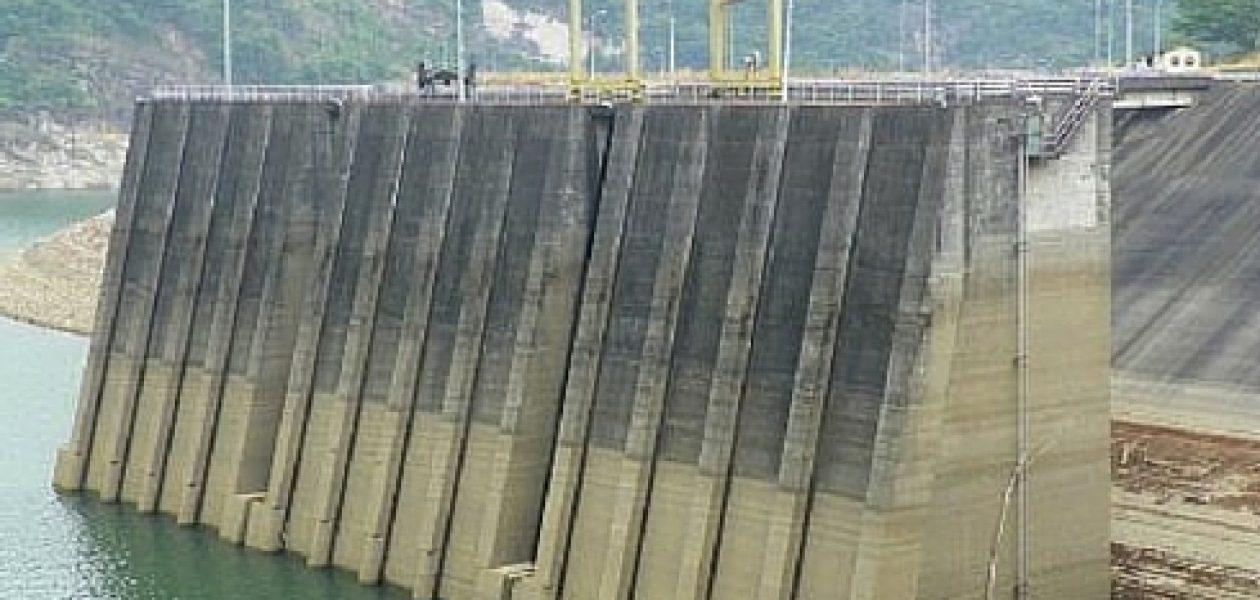 Embalse de Guri sigue descendiendo sin plan B para la crisis eléctrica