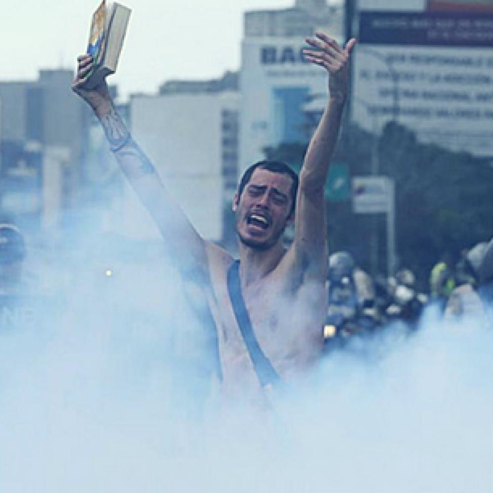 Frank Calviño y la nación de los valientes