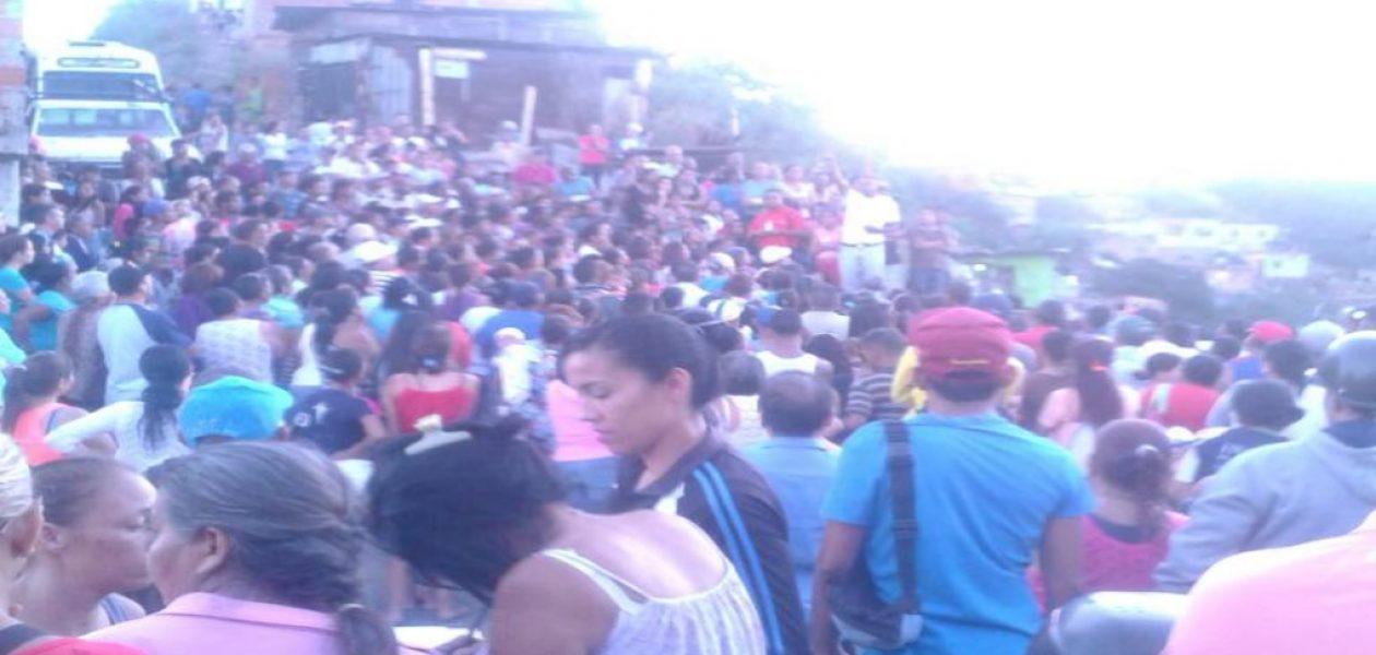 Sector popular de Caracas salieron a protestar cansados del Gobierno (FOTO)
