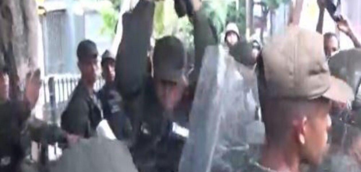 (Vídeo) Coronel Lugo cometió tres delitos en el Palacio Legislativo