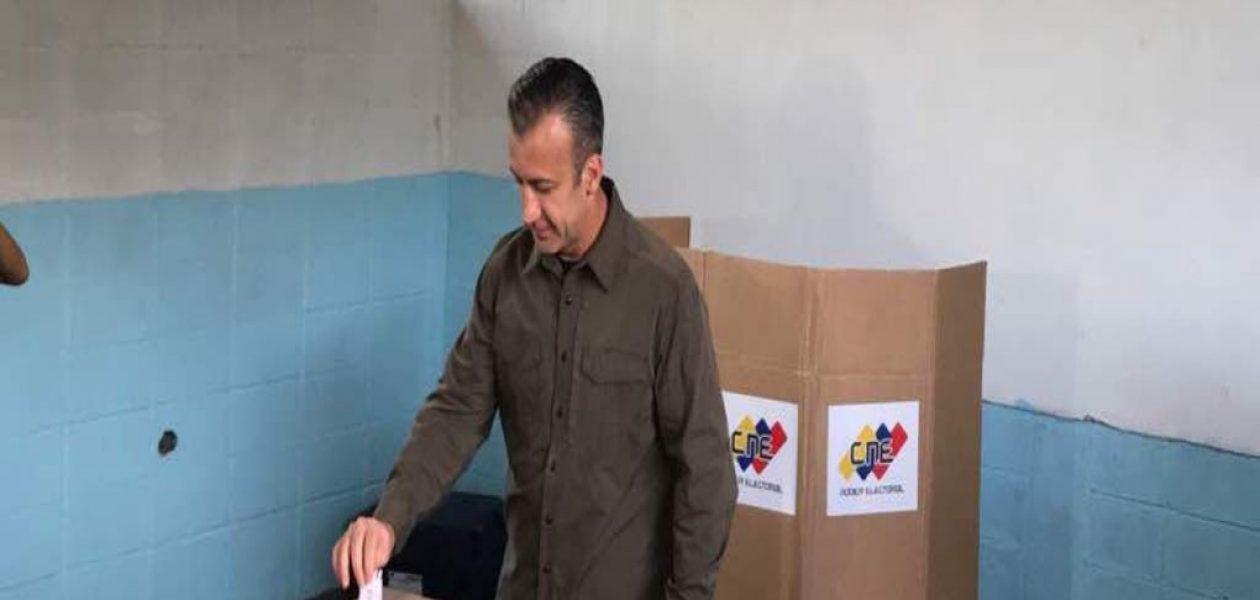 Medios de comunicación no pudieron ingresar a centro de votación donde votó Tareck El Aissami
