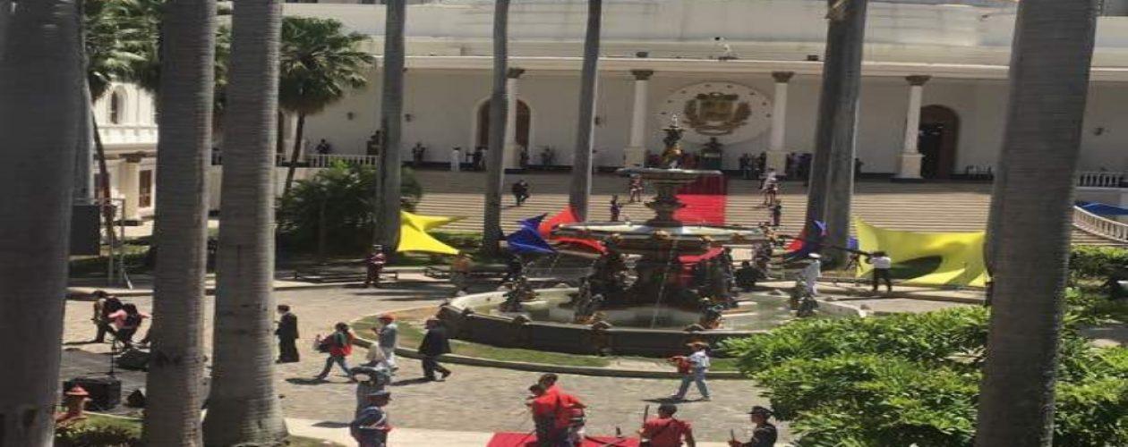 Maduro se juramenta como presidente reelecto #24May