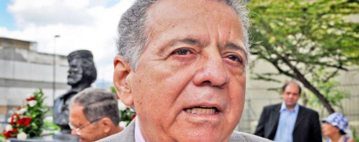 """Isaías Rodríguez a Maduro: """"Como San Pablo, el gran faquir, renuncio a mi trabajo de recaudador y me largo al infierno""""."""