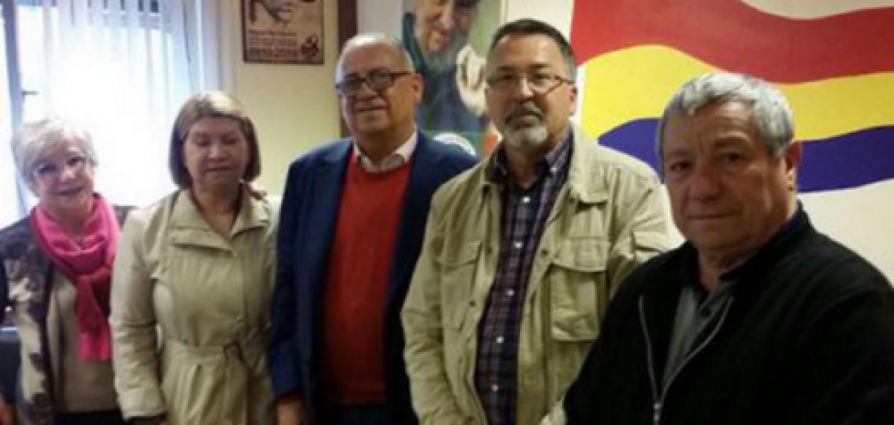 Jubilados venezolanos en Asturias se reúnen con el Embajador Mario Isea