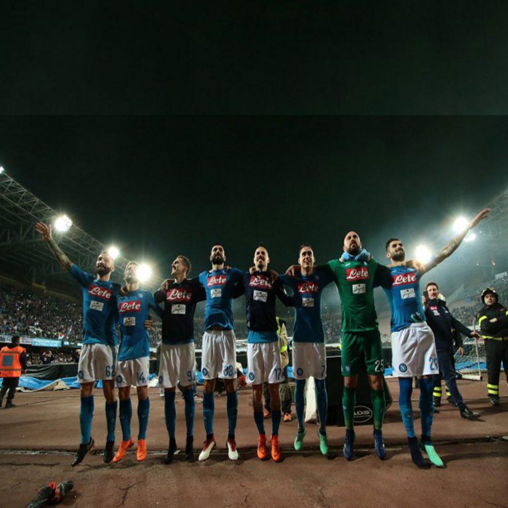 Nápoli gana 4-2 al Udinese y se coloca a cuatro puntos de la Juventus