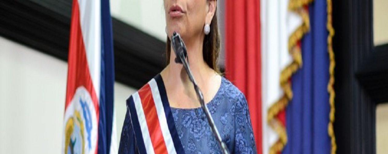 Laura Chinchilla a los venezolanos: «los llamo a seguir adelante con la condena a ese régimen nefasto»