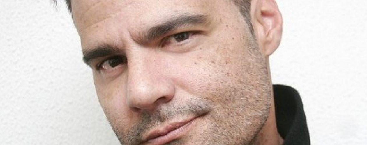 """Luis Chataing: """"Para mi ha sido muy fuerte el haberme alejado físicamente de mi país"""""""
