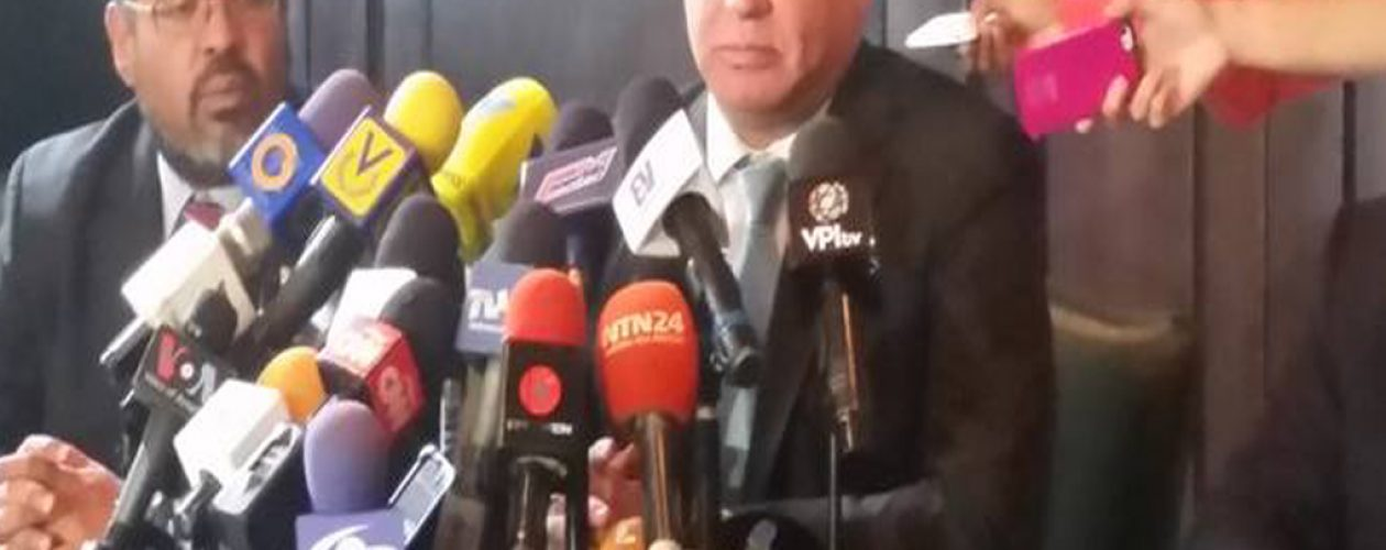 MUD no asistirá al diálogo en República Dominicana