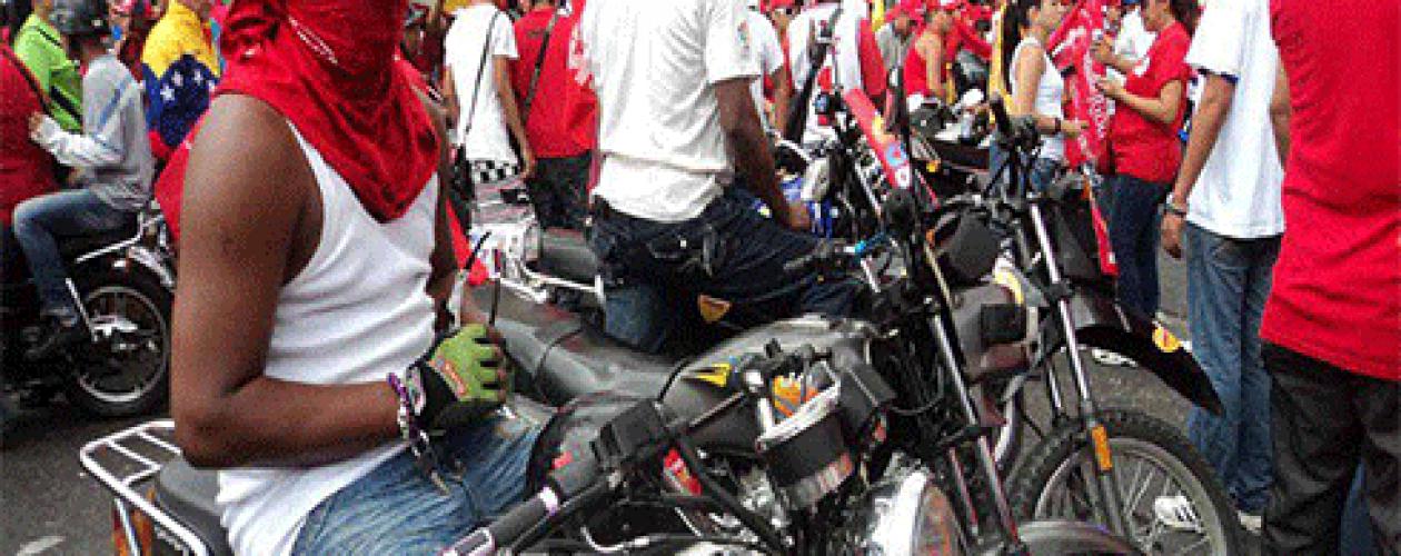 Oficialistas agreden a Ramos Allup en Las Palmas durante una asamblea de ciudadanos