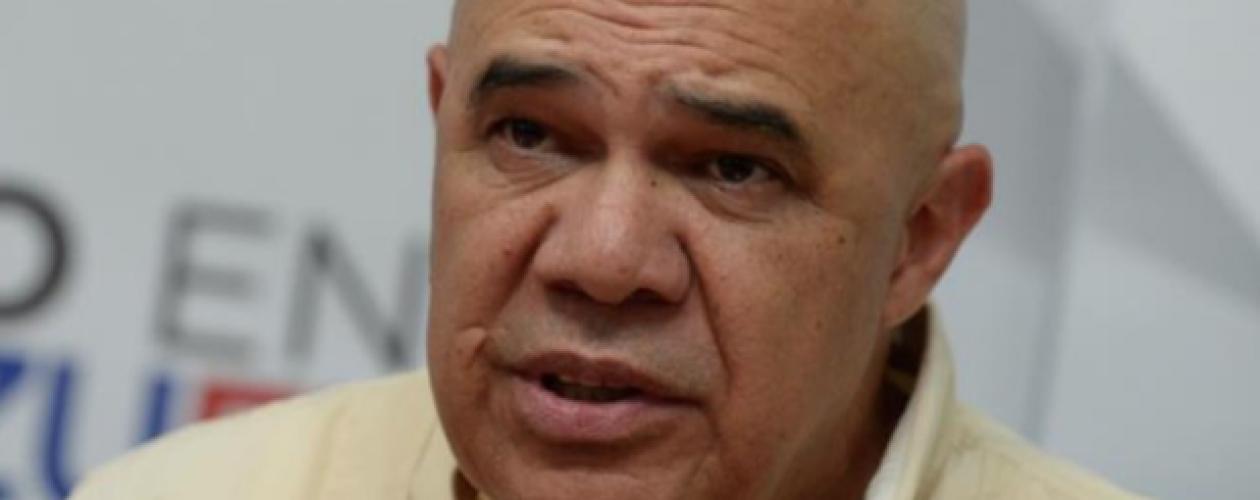 MUD: Van 200 despidos por firmar para el referendo revocatorio