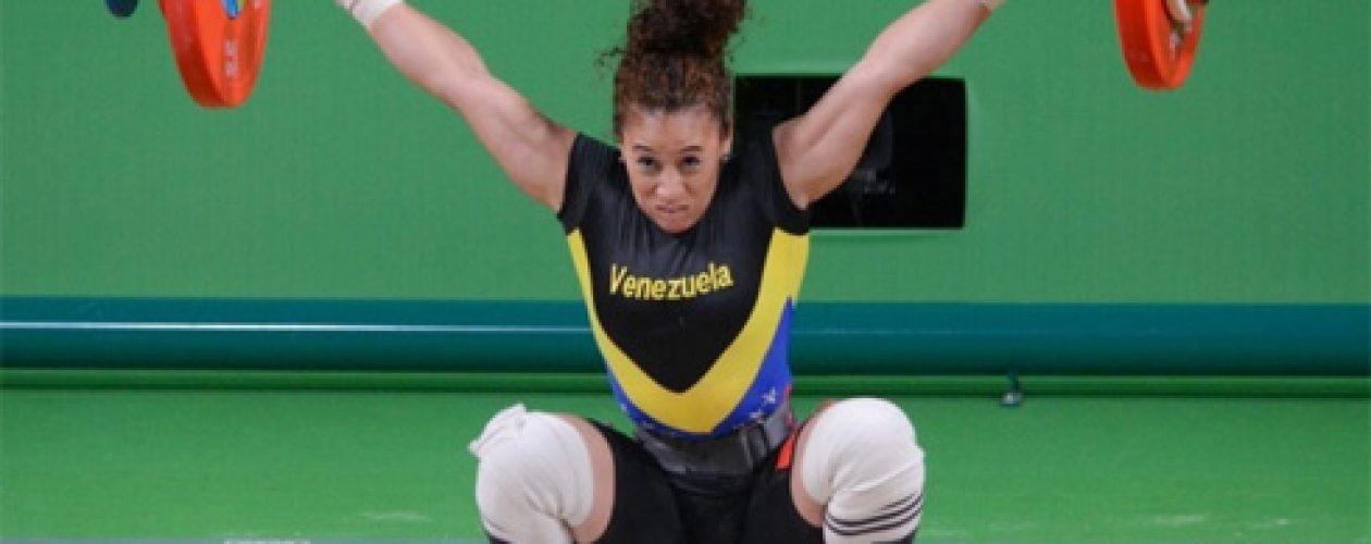 Pesista venezolana se cuela entre las 10 mejores en los Juegos Olímpicos