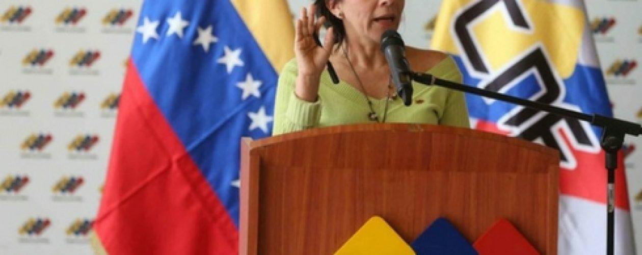 Sandra Oblitas: Si se declara nulidad de la MUD, habrá que esperar decisión del TSJ