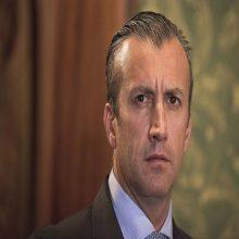 Vicepresidente venezolano anuncia inicio de la operación «Manos de Papel»: Allanaron 596 empresas