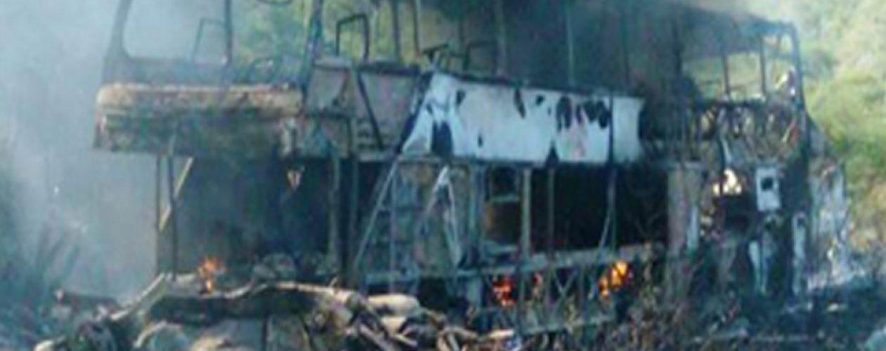 Accidente en Anzoátegui deja 7 muertos tras explosión de autobús