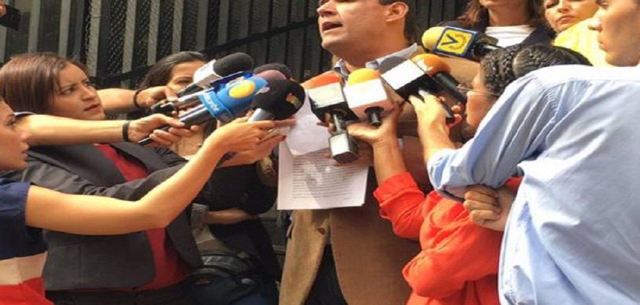 Denuncian agresión de cuerpos de seguridad ante el Ministerio Público