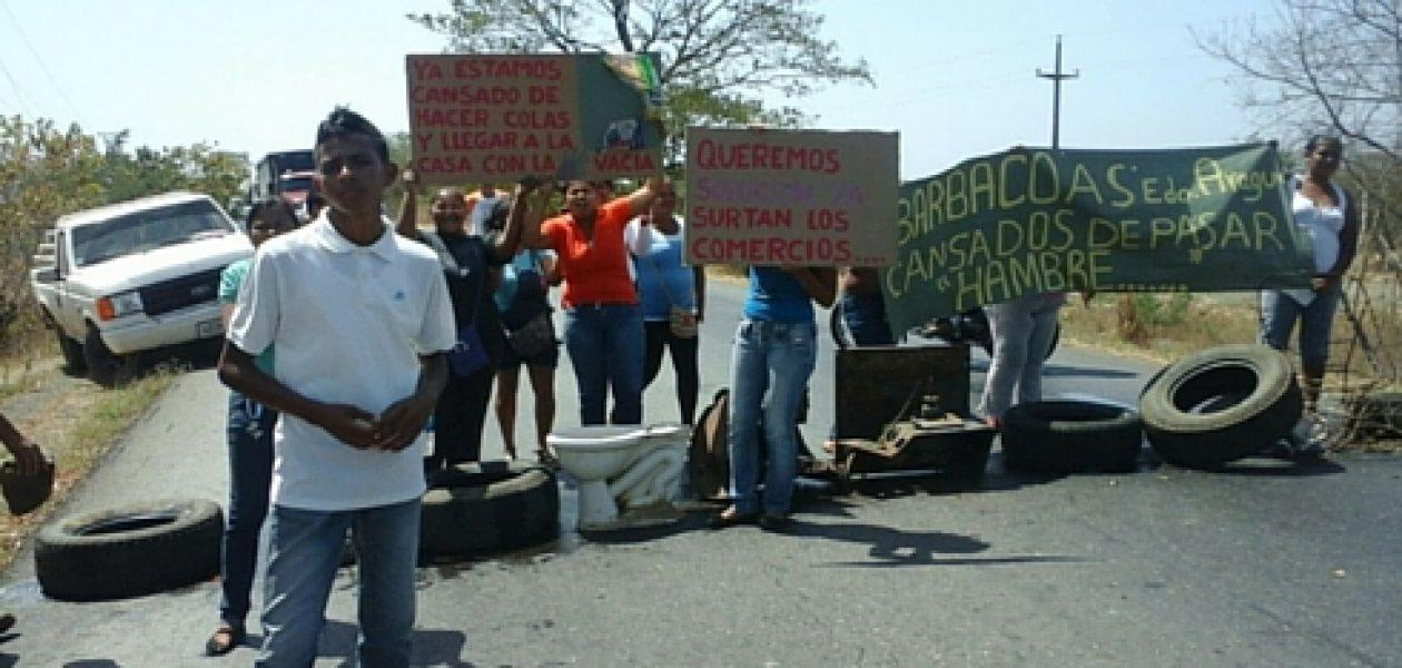 Pretendían no vender alimentos Mercal a manifestantes