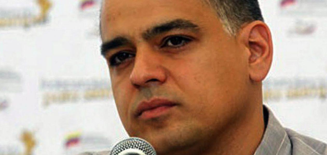 Andrés Izarra cuestiona los resultados de la Asamblea Nacional Constituyente