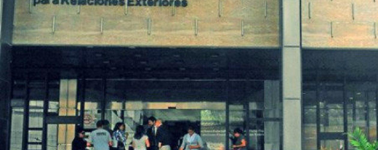 El  viacrucis de apostillar documentos en Venezuela