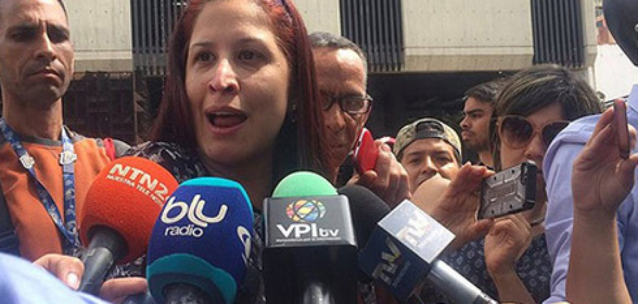 Elyangélica González fue brutalmente agredida por la GNB