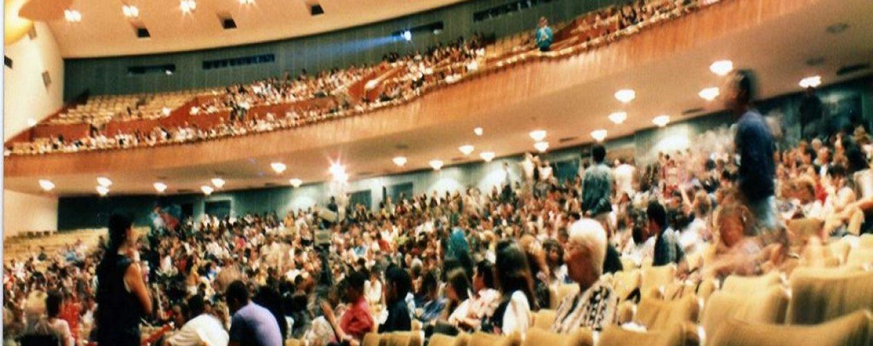 (Vídeo) Caraqueños gritaron «NO VOTEN» en  el Aula Magna de la UCV