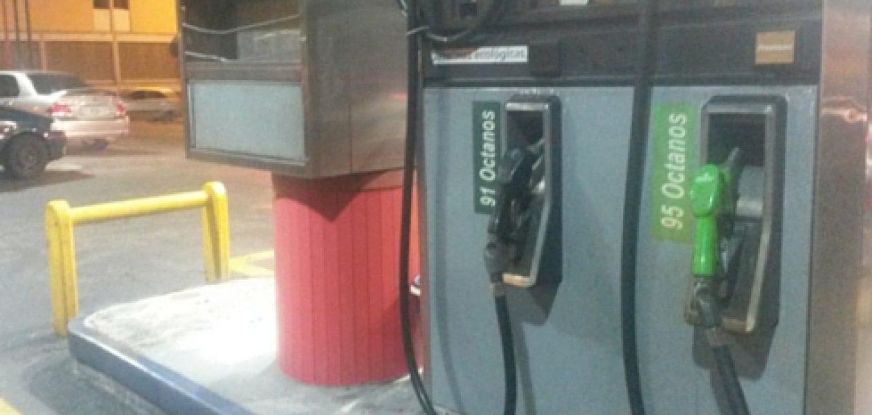 Tras aumento de la gasolina, bomberos piden revisión de sueldos