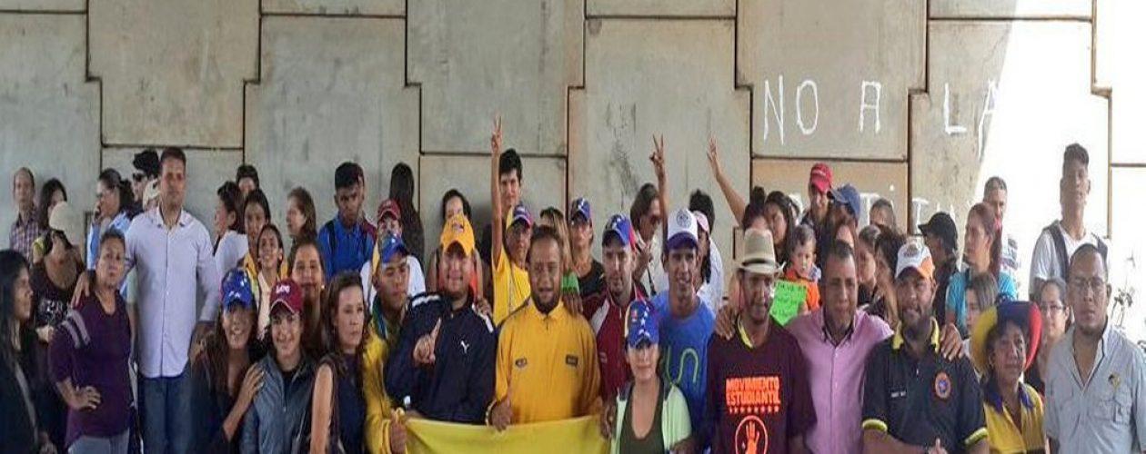 De Ciudad Bolívar a Caracas: jóvenes caminan por la independencia