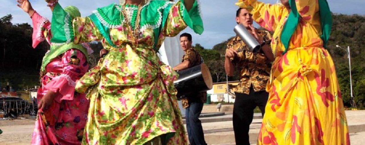 Carnavales del Callao: Calipso, madamas, reinas y comparsas