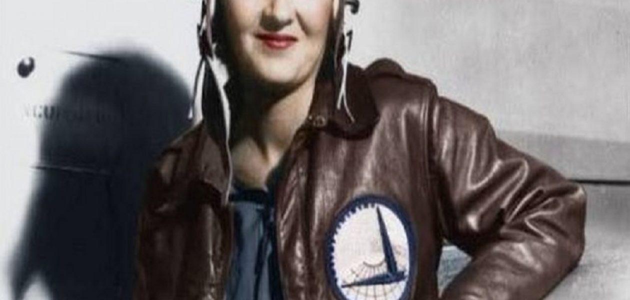 Muere Margot Duhalde, la primera mujer piloto de guerra en la historia de Chile